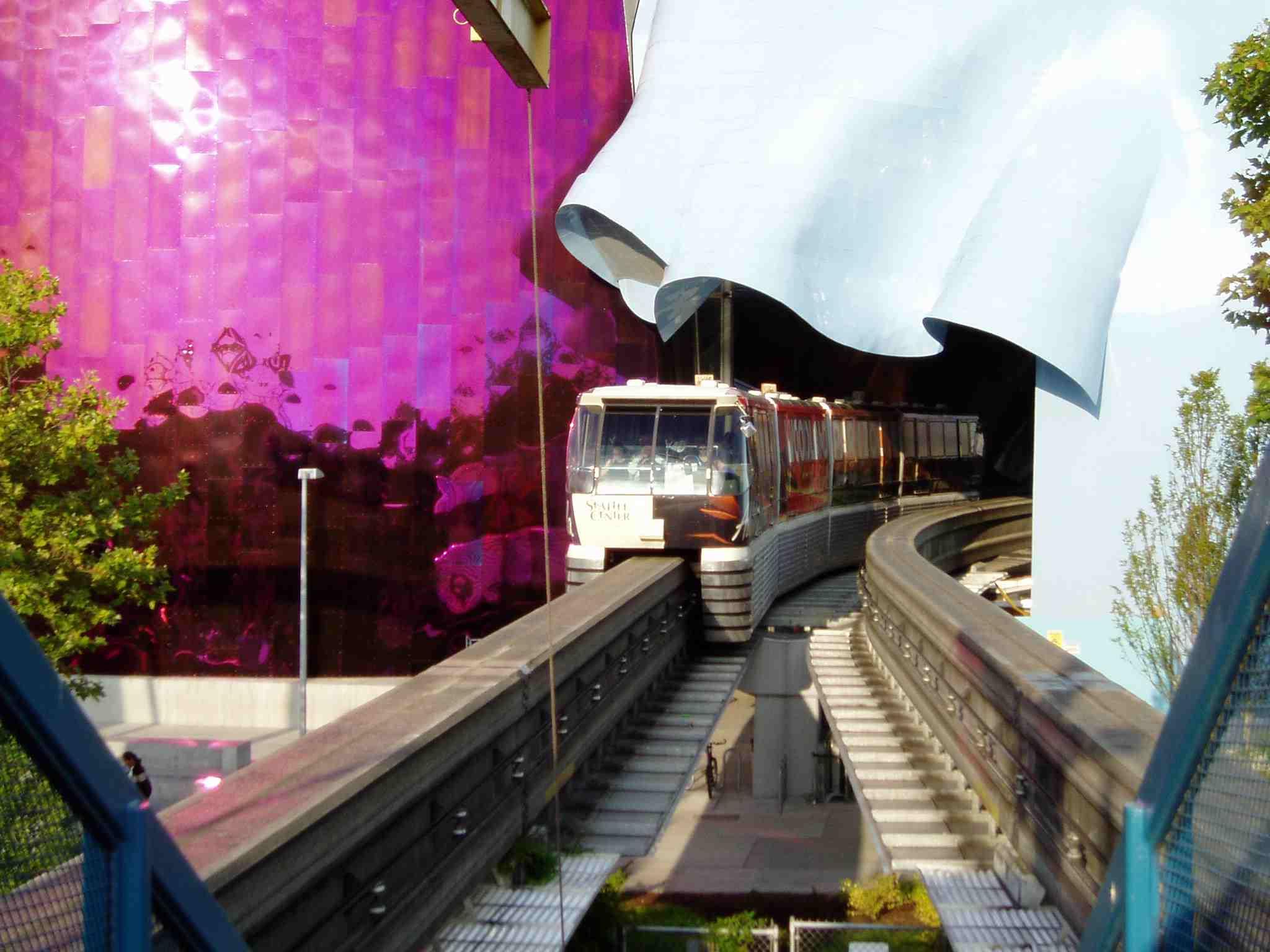 Gehry Seattle.jpg