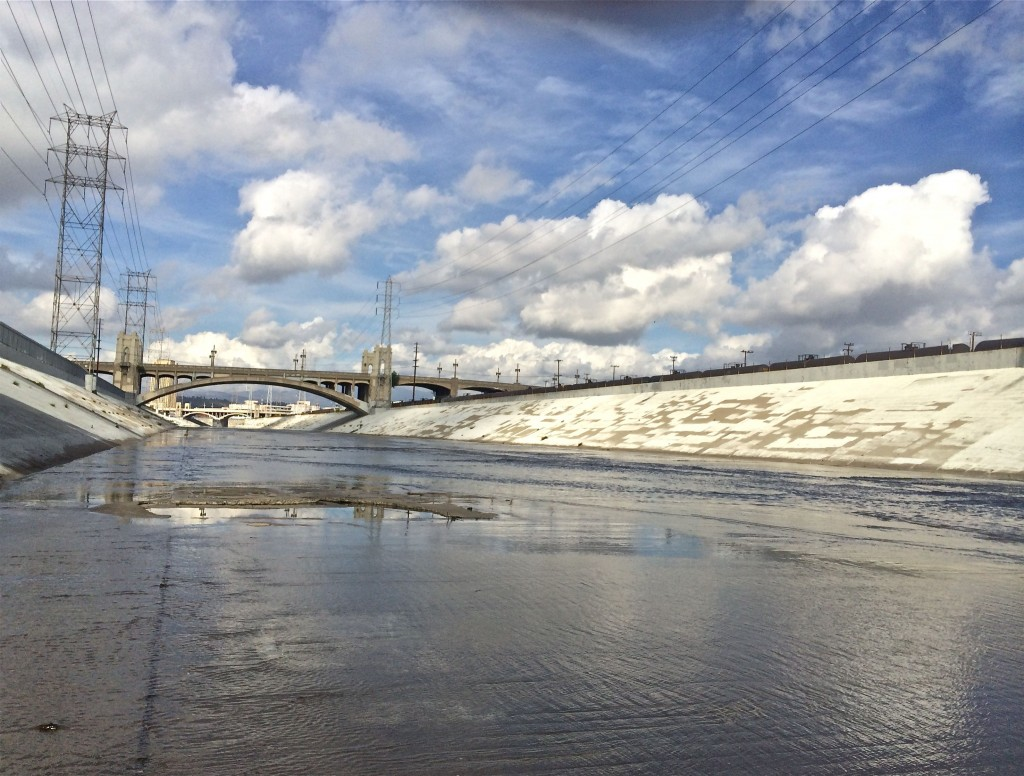 LA River, Under 6th St